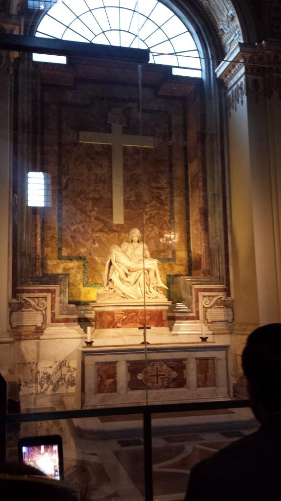 A Pietá do Michelangelo, lindíssima!